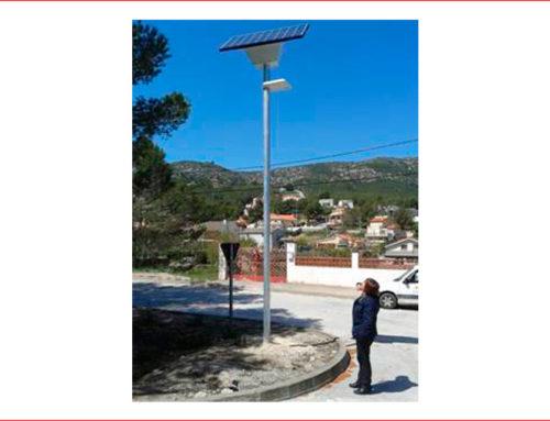 INSTAL.LACIONS PARERA, SL participa amb la instal.lació de fanals fotovoltaics a Canyelles