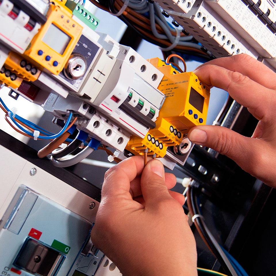 Instal·lacions Elèctriques...